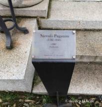 Grabtafel von Nicolo Paganini