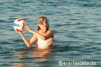 kroatien-porec-wasserball spielen