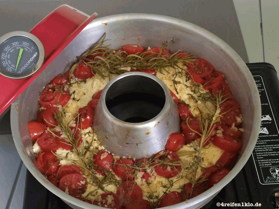 berbackener schafsk se mit tomaten 4 reifen und 1 klo. Black Bedroom Furniture Sets. Home Design Ideas