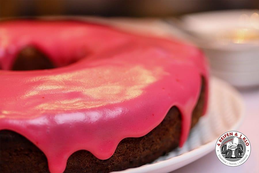 Rotweinkuchen aus dem Omnia-Backofen