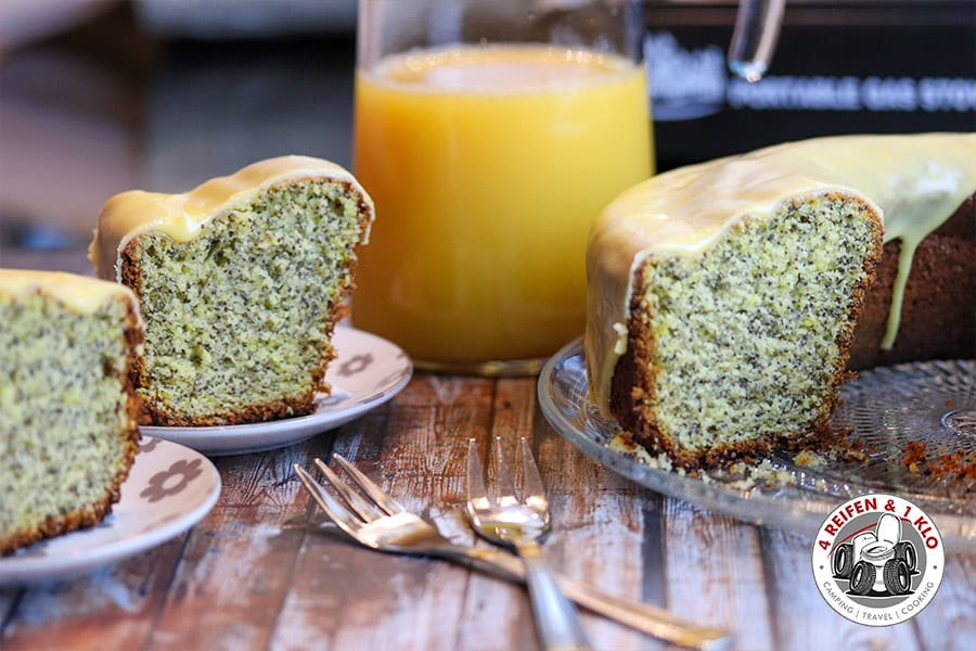 Orangen-Mohn-Kuchen aus dem Omnia-Backofen