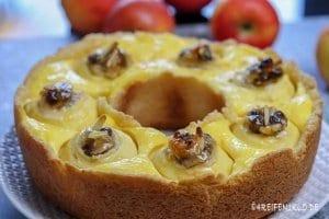 Bratapfelkuchen Omnia-Backofen