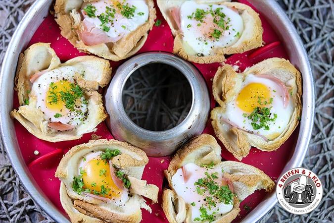 Frühstückstoast-Muffins Omnia-Campingbackofen