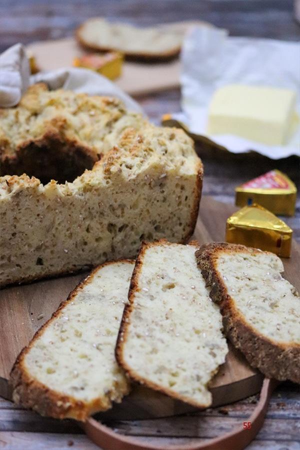 Quarkbrot | Brot backen im Omnia Backofen